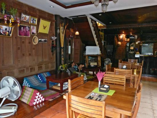 sri-ayuttaya-guest-house